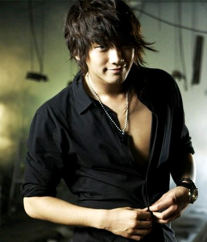 foto Jung Ji Hoon (RAIN) terbaru