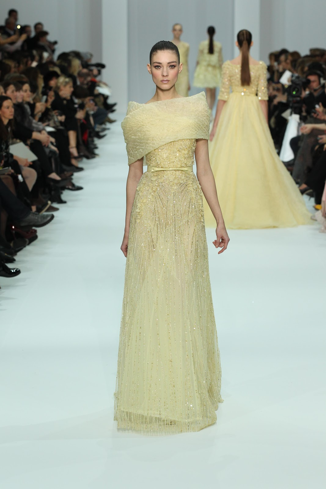 Descosido elie saab haute couture spring summer 2012 for Haute couture translation