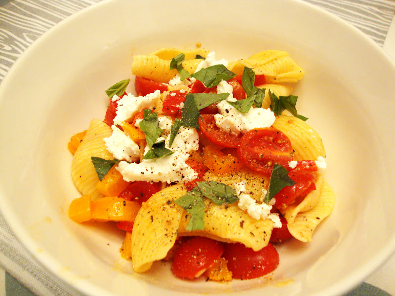 Pasta With Fresh No-Cook Tomato Sauce Recipe — Dishmaps