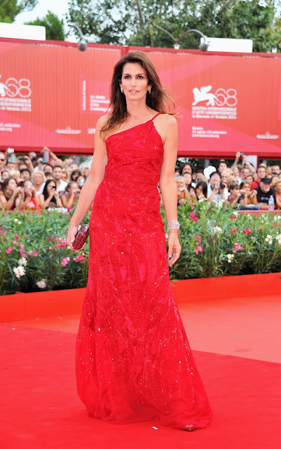 Cindy Crawford en el Festival de Cine de Venecia, de Chopard / Cindy Crawford wearing Chopard jewelry at Venezia Film Festival