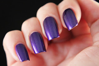2true Glossywear Nail Polish Shade 16