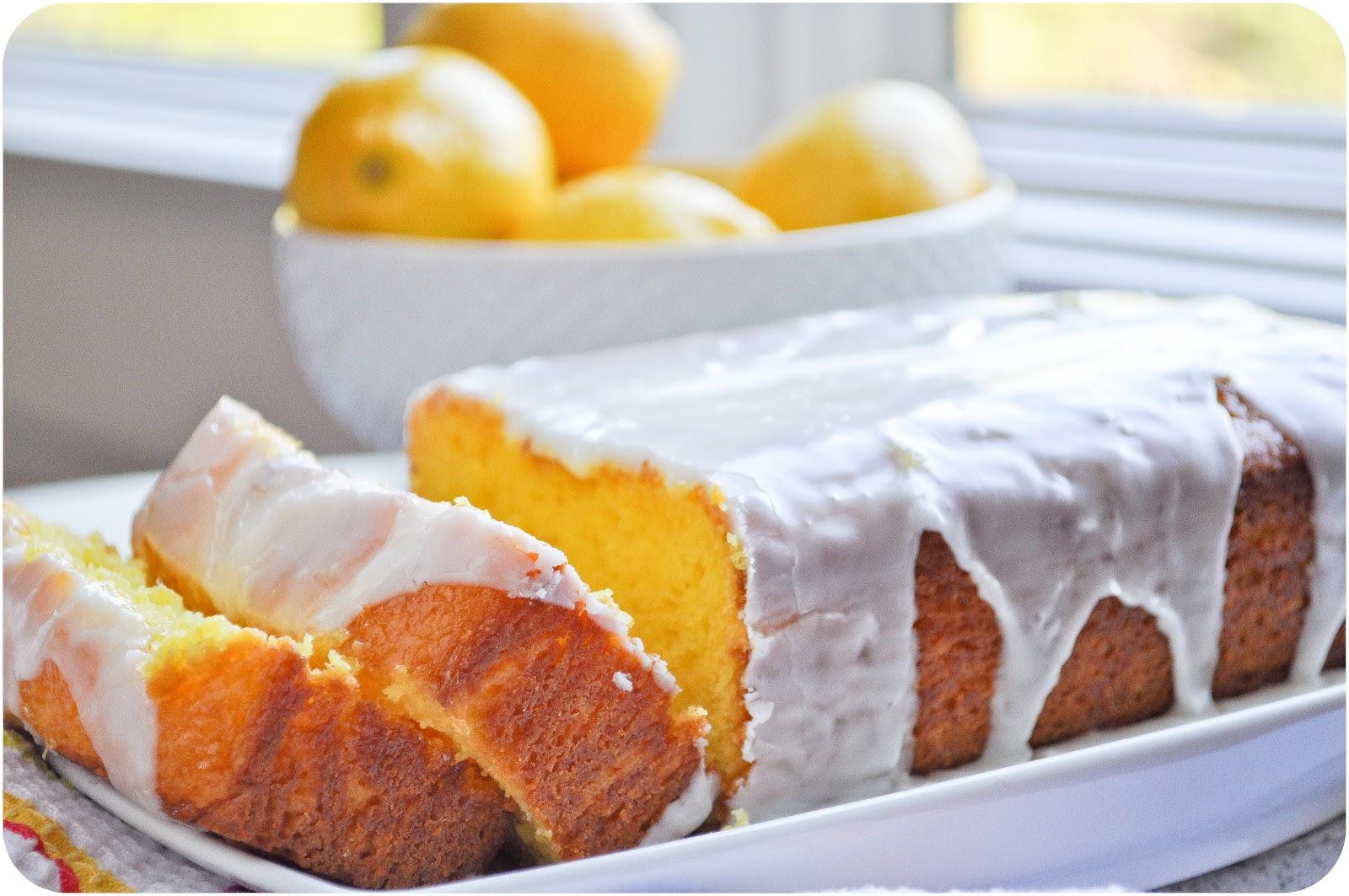 White Lily Lemon Pound Cake