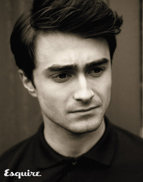DanielRadcliffe: Daniel Radcliffe sign to star in ...