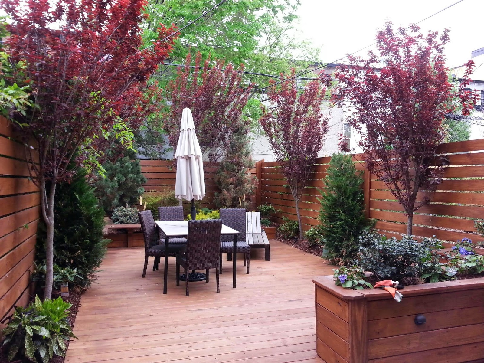 Ny rooftop gardeners spring garden services new york for Landscape design new york