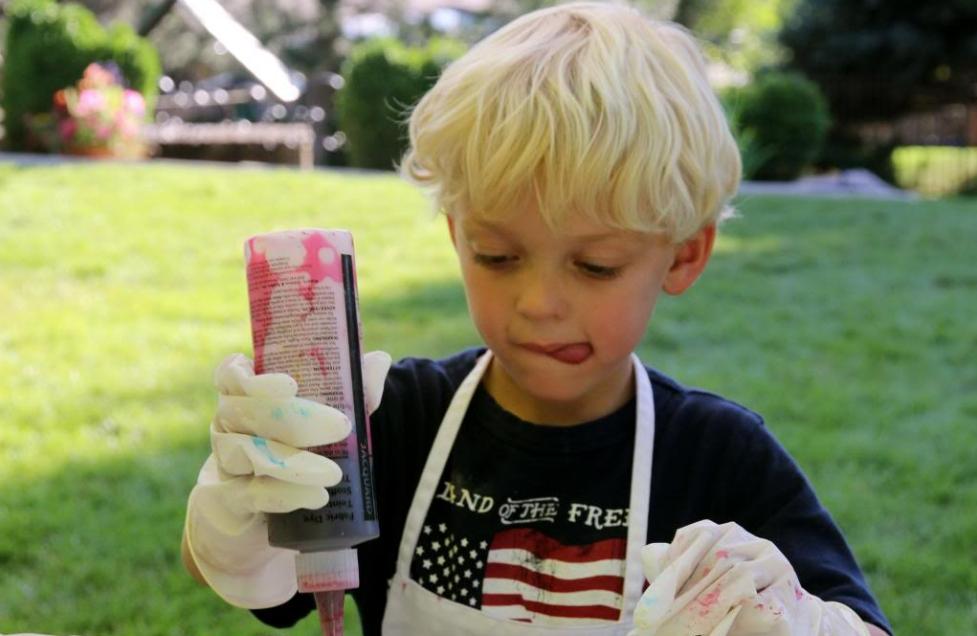 Niño cocinando