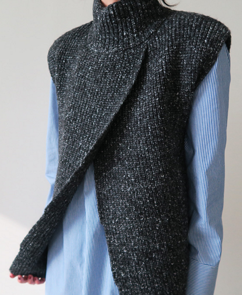 Overlap Turtleneck Knit Vest