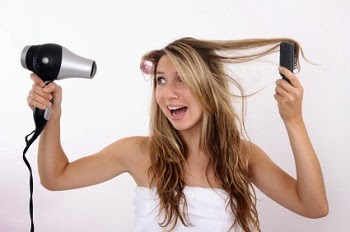 Five Ways to Naturally Improve Your Hair's Health