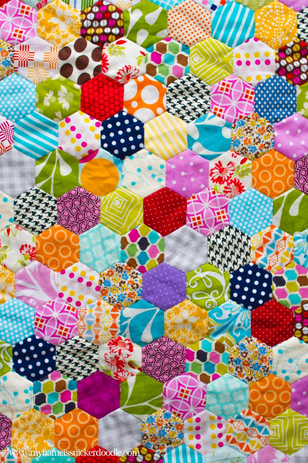 Hand Stitch Hexagon Quilt | My Name Is Snickerdoodle