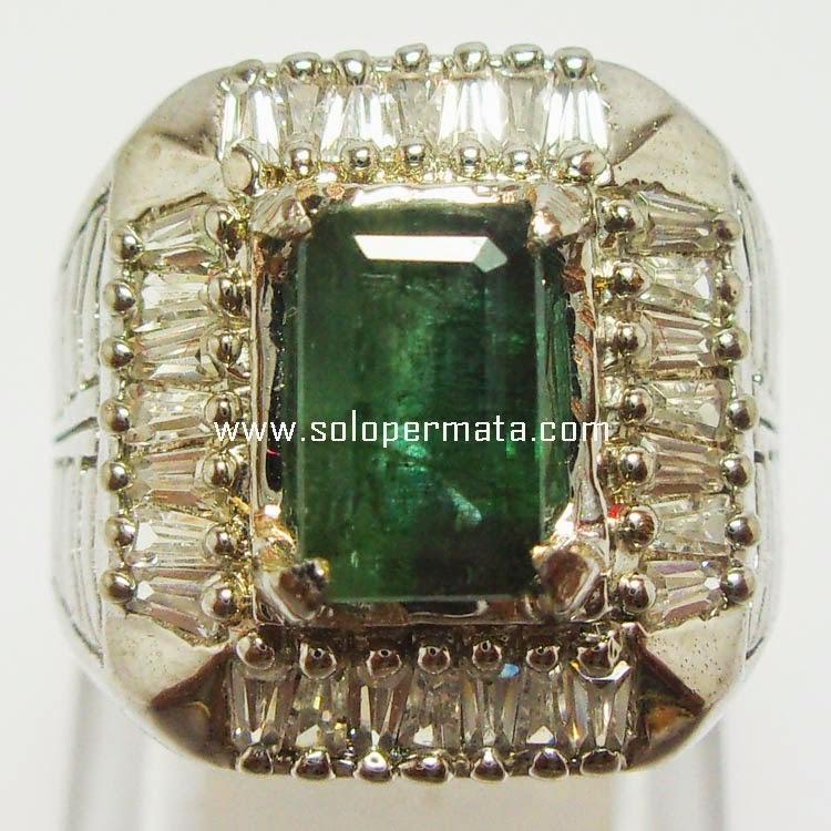 Batu Permata Zamrud Emerald Beryl - SP044
