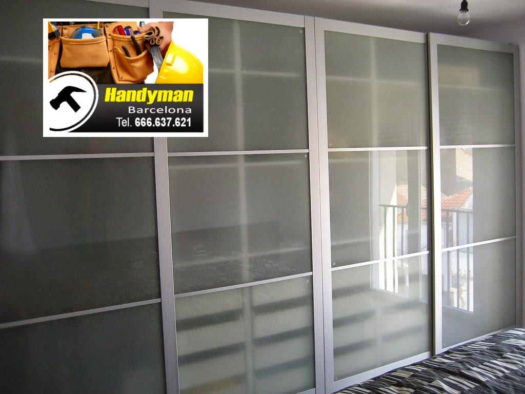 ikea pax armario los hay de diferentes colores y armarios con puertas de visagras y un ejemplo