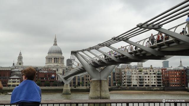 Millenium Bridge e St. Paul's Cathedral - Londres