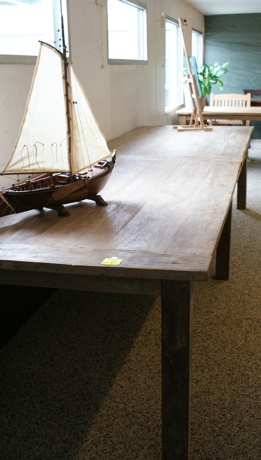 Fru Hermez: 4 meter langt spisebord...