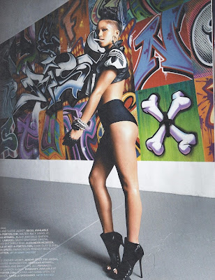 Cassie-Vibe-Scan-7 >L'Art de la Séduction selon Cassie