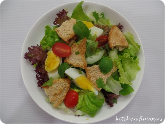 love this simple salad the salad dressing is a