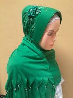 jilbab arzeti bunga
