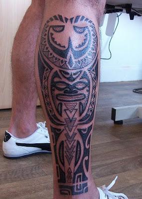 tattoo masculina na perna