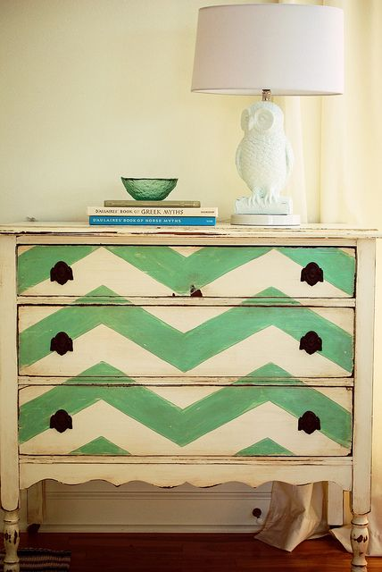 Comoda reutilize madeira decorando