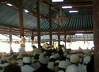 habib novel, umat bertanya, ulama menjawab, masjid agung surakarta, 11 november 2012