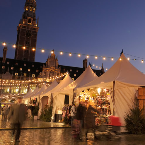 Kerstmarkt in Leuven, foto Sofie Hoste | Happy in Red