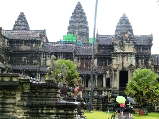 the viewing deck: Angkor Archaeological Park (Angkor Wat)