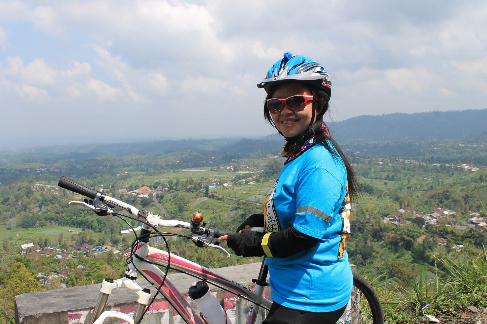 Bikepacking ke Sukuh