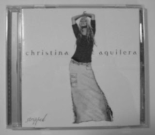 christina-aguilera-stripped-arab-sensor
