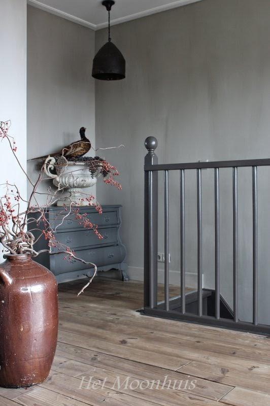 Het moonhuis het trapgat - Decoratie zolder ...