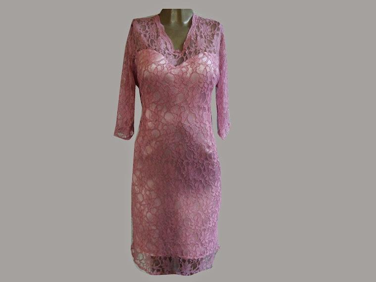 vestido  de renda com manga