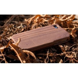 Walnut Case for iPhone 4/4S (Plain) by SigniCASE