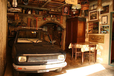 The presurfer cars parked inside homes pretty or pretty for Pretty houses inside and out