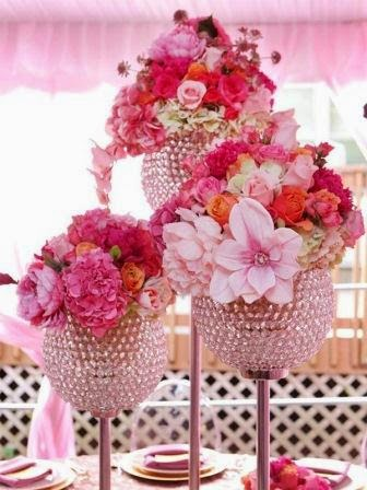 Flower arrangements How to make bold Wedding Flower Arrangements
