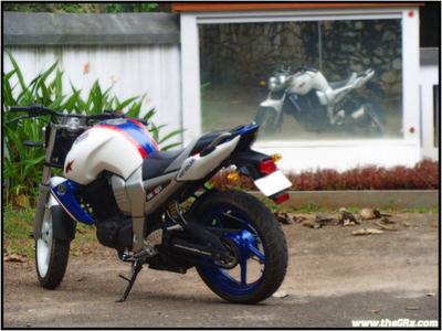 Foto Yamaha Byson Standar