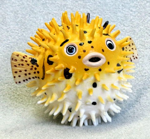 Small Plastic Squirting Pufferfish Toy