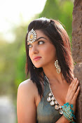 Actress Sakshi Chowdary gorgeous photos-thumbnail-6