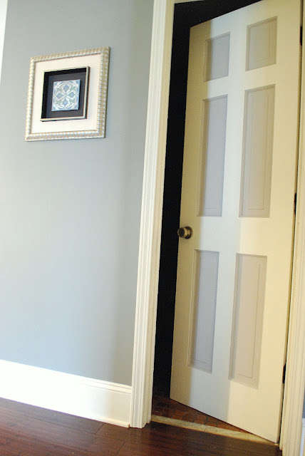 between blue and yellow painted bathroom door. Black Bedroom Furniture Sets. Home Design Ideas
