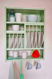 Plate Racks now in Colour!