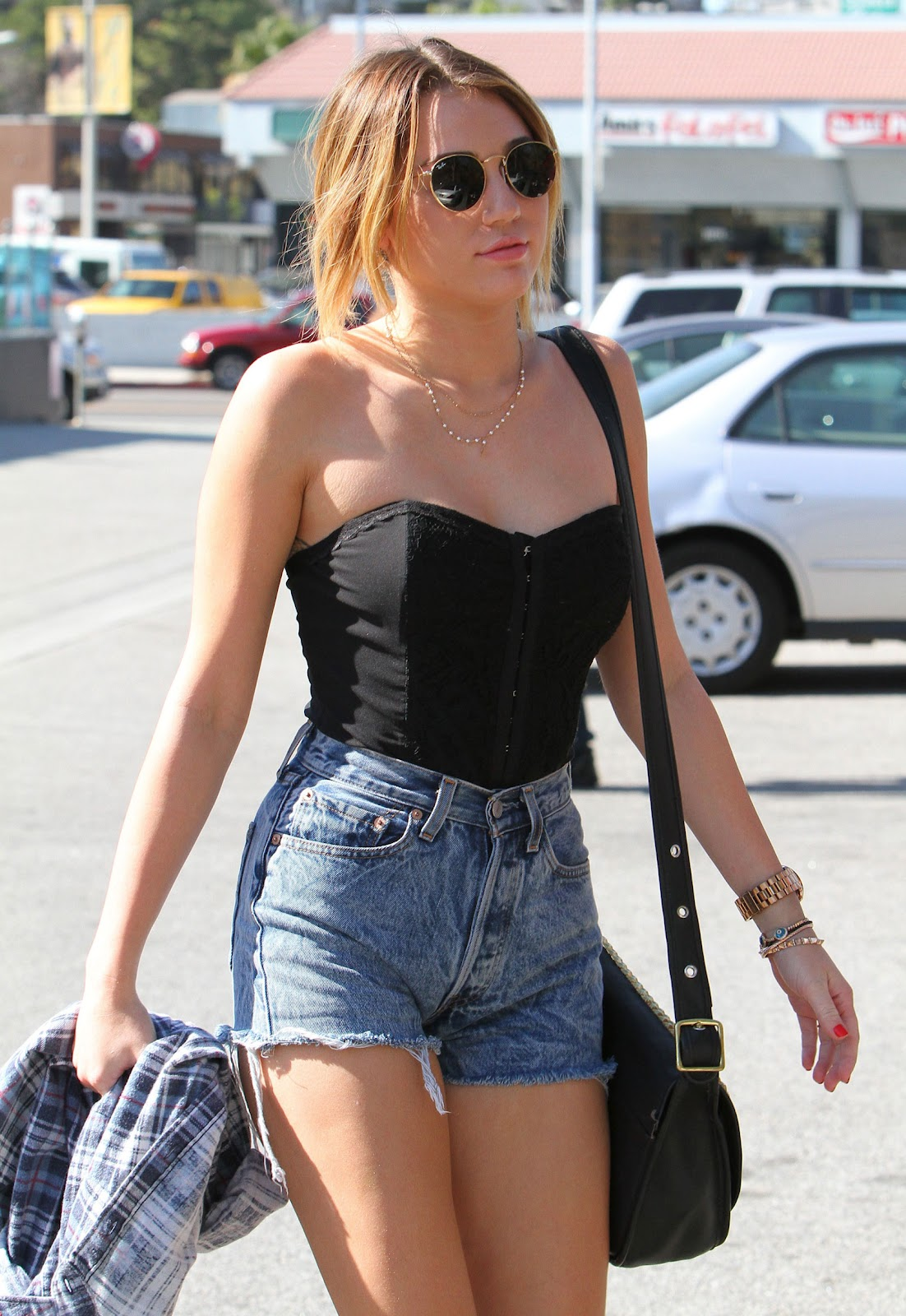Mary 39 S Fashion World Look 39 S Like Miley Cyrus