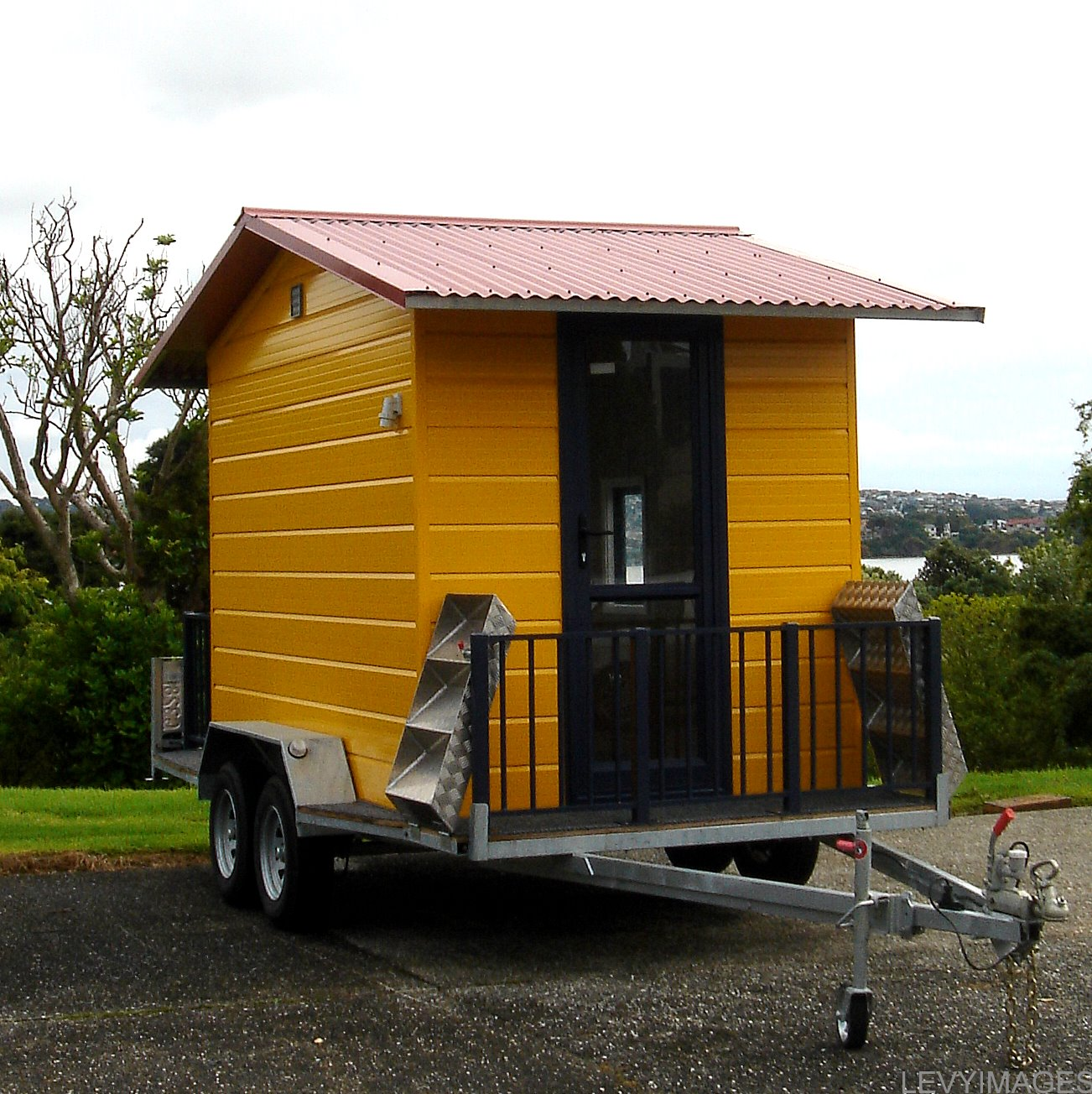 The flying tortoise tiny house on wheels for Micro homes on wheels