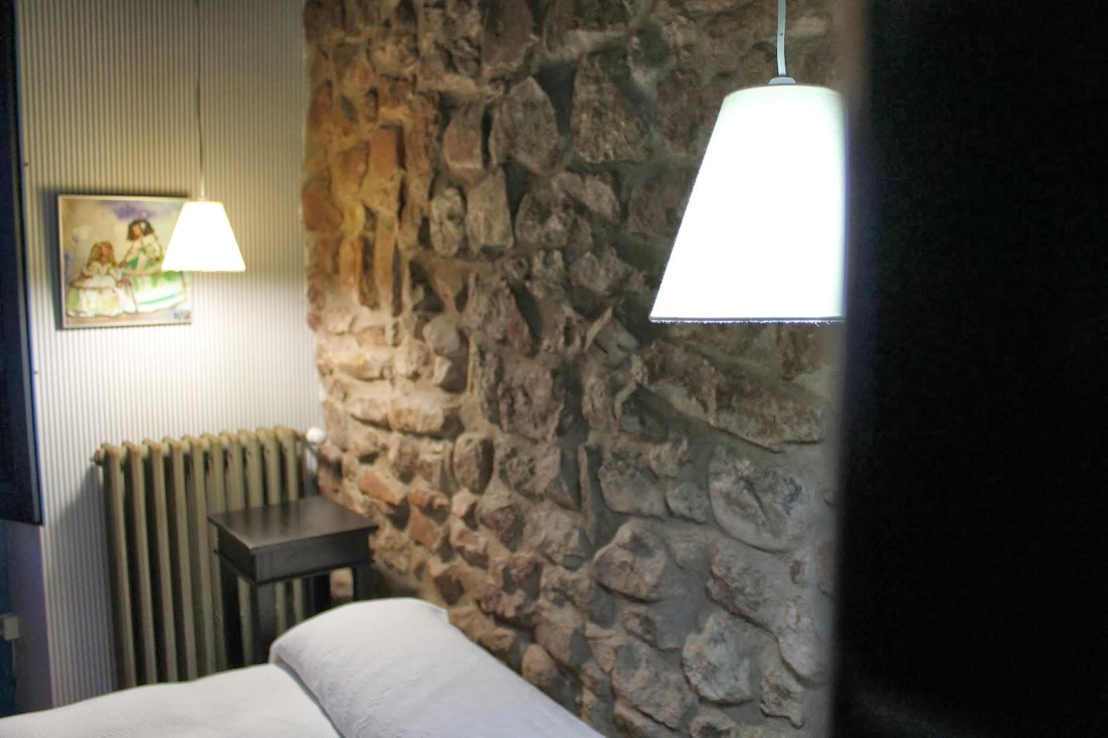 Dormitorio Casa Tia Quica, decoracion en crema.