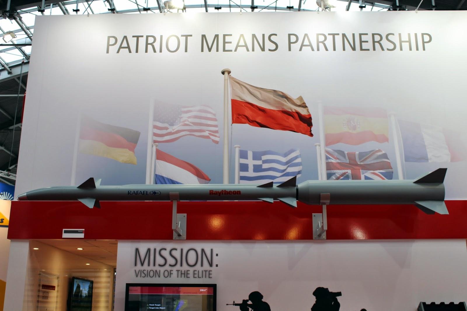 """Résultat de recherche d'images pour """"raytheon patriot"""""""