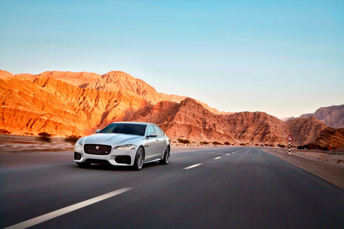 New Jaguar XF moving