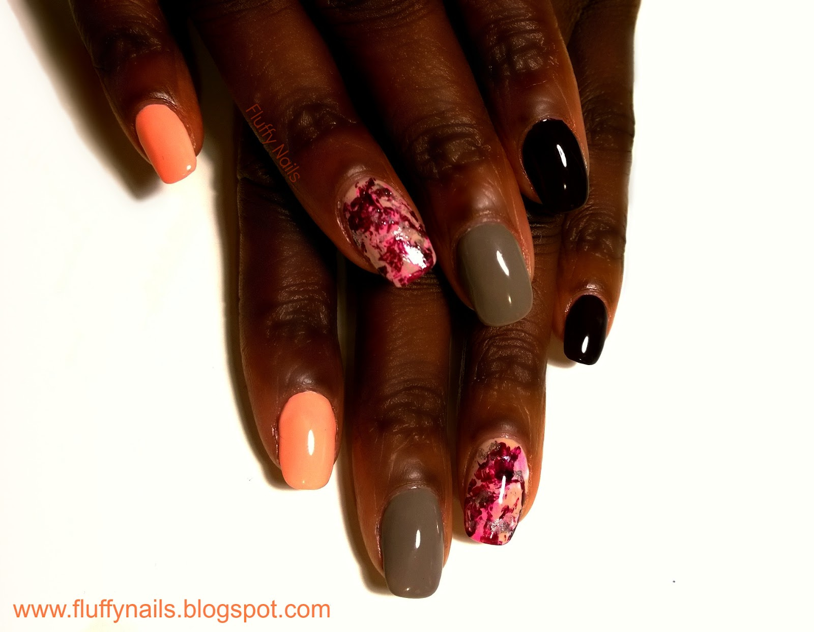 fluffy nails nail art effet marbr sur ines saran wrap manicure. Black Bedroom Furniture Sets. Home Design Ideas