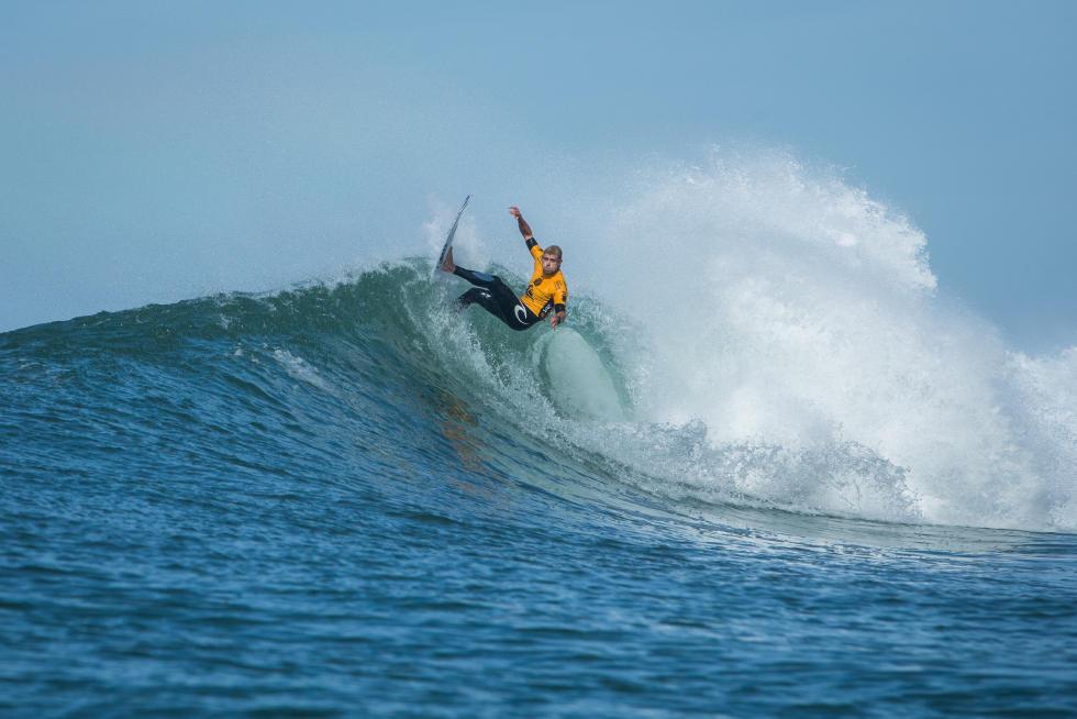 17 Mick Fanning AUS 2015 Quiksilver Pro France Fotos WSL Poullenot Aquashot
