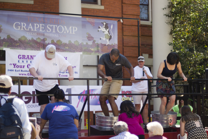 texas reds festival grape stomp