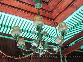 http://www.jayaindahlogam.com/2014/08/lampu-robyong-tembaga.html