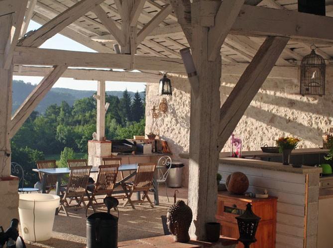 Boiserie & c.: sotto il portico: let's go outside