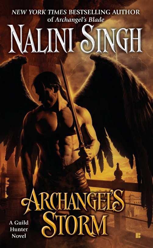 Archangel's Storm by Nalini Singh (Guild Hunter #5)