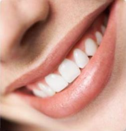 اسنان قوية صحية سليمة بيضاء - ما هى الأطعمة التى تقوى الأسنان؟