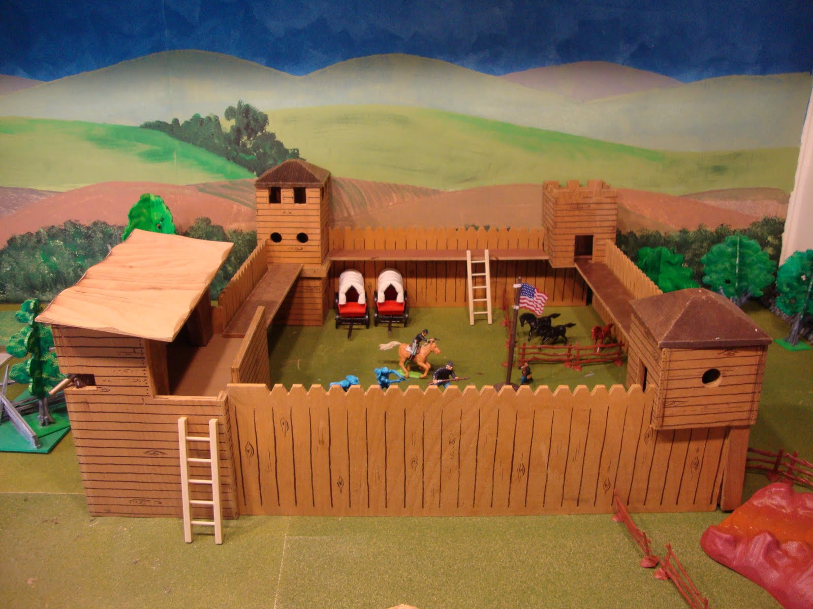 Wooden Toy Forts submited images.