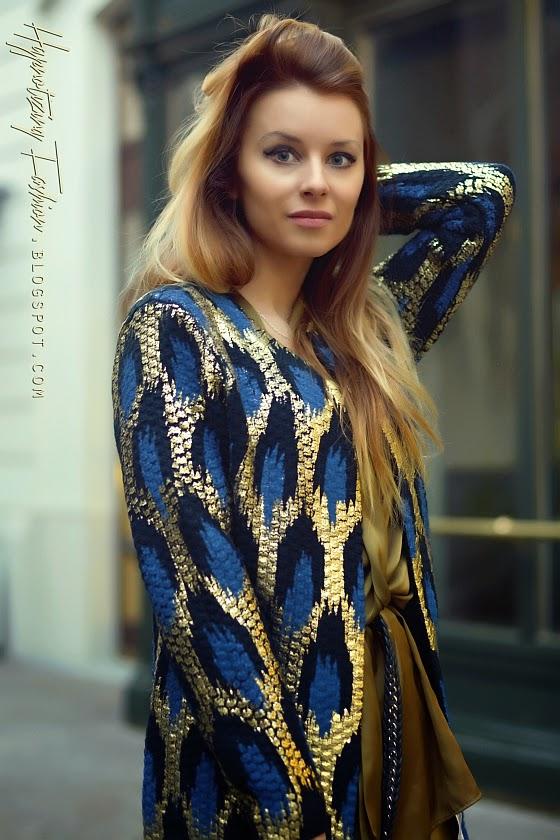 złoty sweter jesień